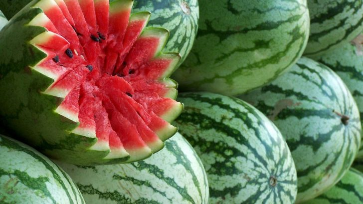 watermelons_green_ripe_fruit_food_stuff_ultra_3840x2160_hd-wallpaper-226308