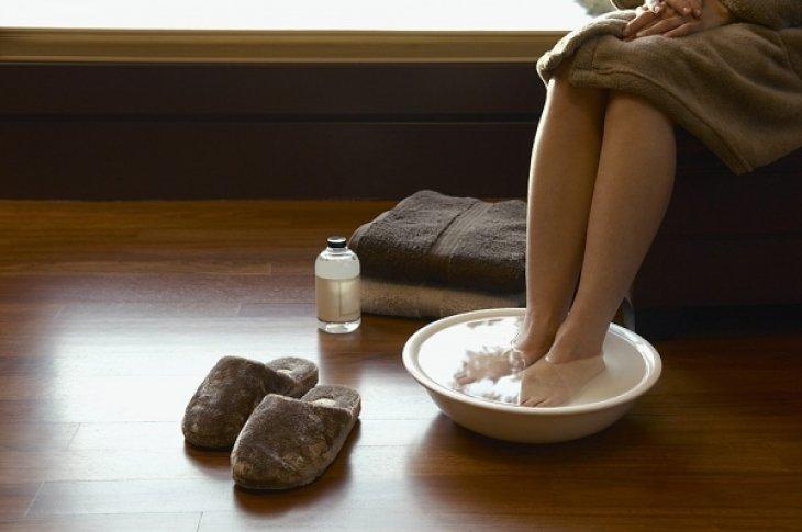 Горчичная ножная ванночка при ОРВИ и простуде