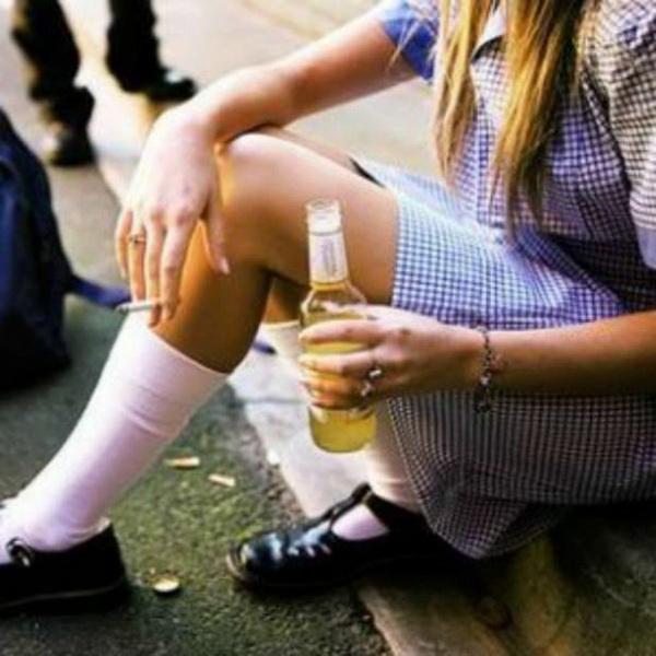 Если человек пьет в одиночестве это алкоголизм