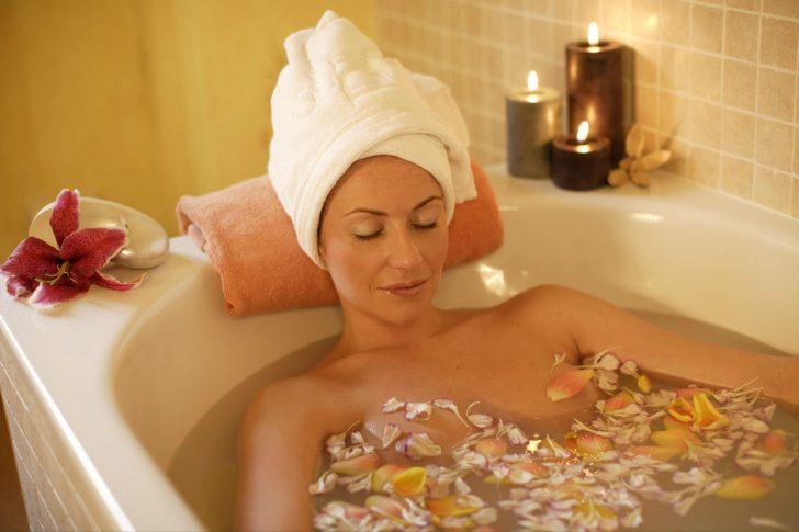 Помогает ли горячая ванна при цистите