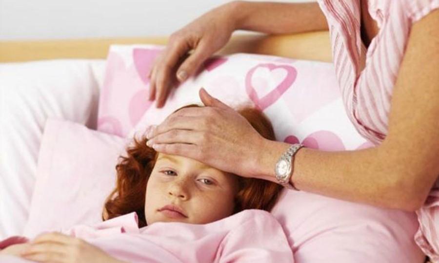Первые признаки простуды у детей
