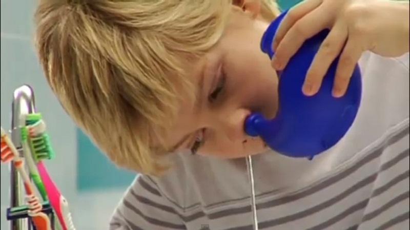 Промывание носа в домашних условиях: как сделать промывание носа,растворы для промывания носа при гайморите