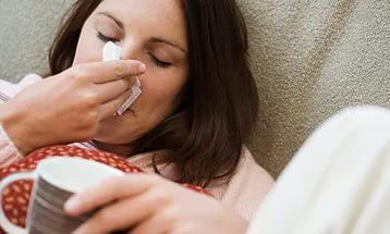 Первые признаки простуды у взрослых и детей
