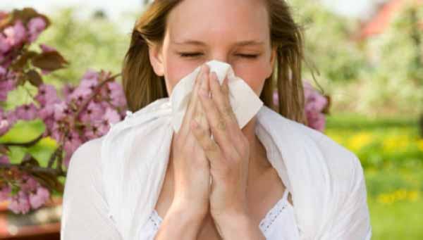 Аллергический ринит: профилактика возможных осложнений