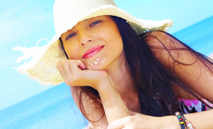 Выпадение волос у женщин летом