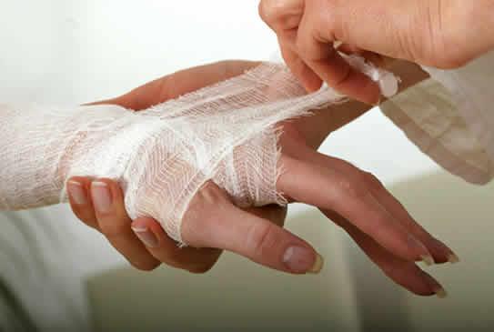 Можно ли употреблять жидкость при открытых ранах