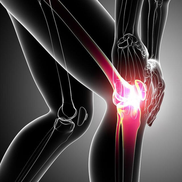 Если боль в коленных суставах упал на колено болит что делать
