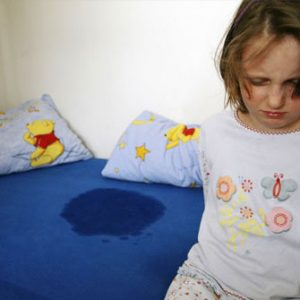 pediatriya-school_age_children_enuresis