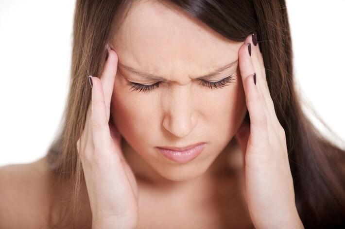 Болит голова в висках (давит причины) 87