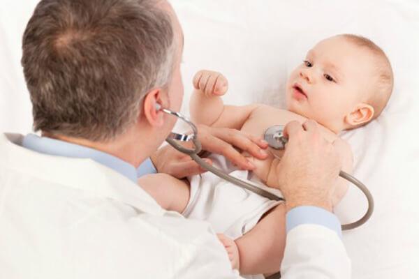 Как и чем лечить кашель у новорожденного ребенка