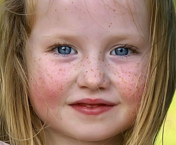 Отбеливающая маска для лица и жирной кожи