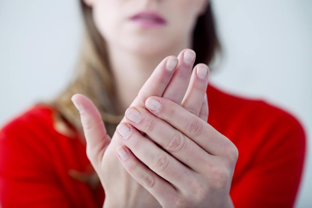 Что делать если мерзнут руки