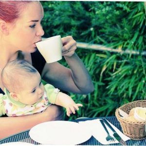 coffee-while-breastfeeding