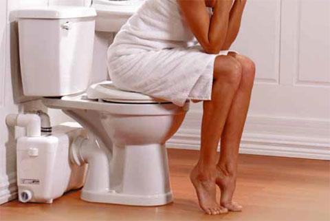 Охота в туалет болит член