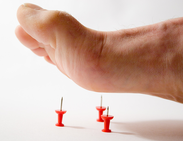 Судороги в ногах ночью - причины и лечение