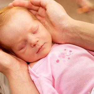 Прочистка слезного канала у новорожденных
