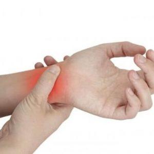 Почему болят пальцы рук
