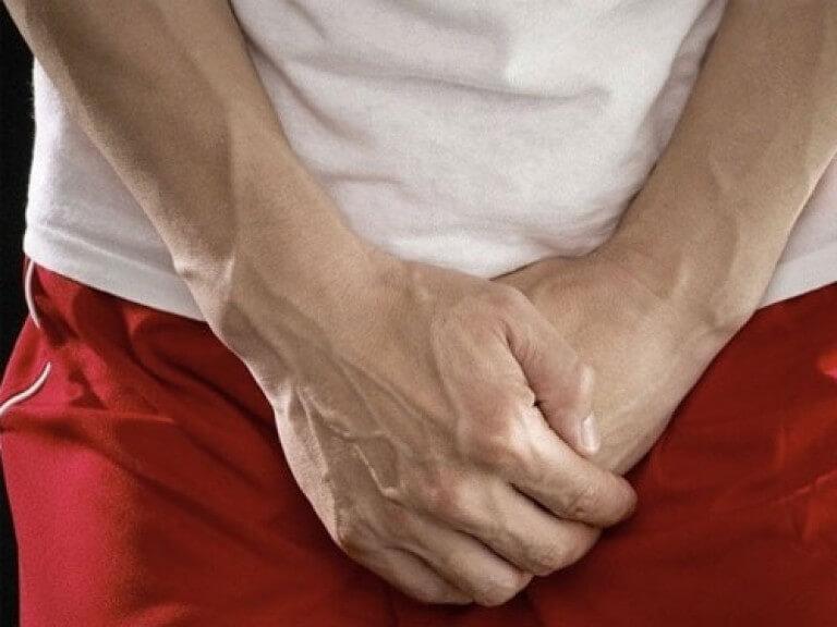 Какие симптомы у молочницы у мужчин и чем лечить