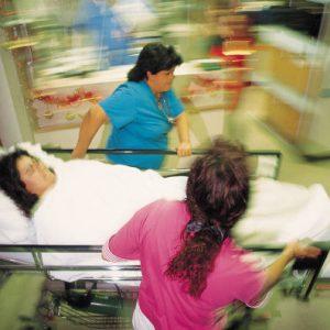 Выкидыш на ранних сроках беременности: симптомы, признаки, причины и лечение