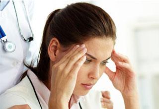 Пониженный сахар в крови симптомы у женщин и причины возникновения гипогликемии