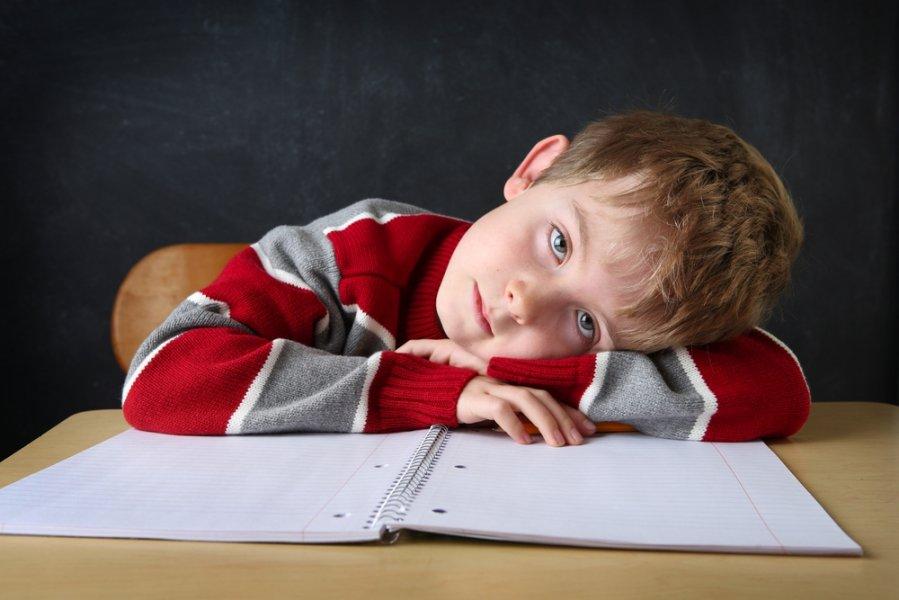 Переутомление у детей: что нужно знать родителям