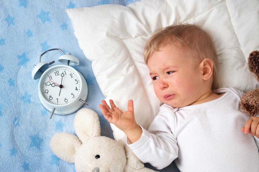 Почему грудничок сильно плачет по вечерам?