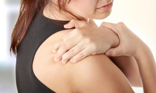 Синовит плечевого сустава: что это такое, лечение, симптомы