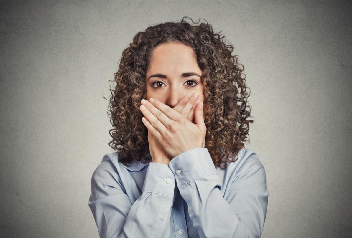 Фурункул на половых губах - причины, как и чем лечить
